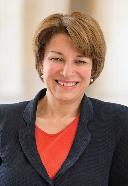 Amy Klobuchar Official Portrait photo. She has a net worth of $1.5 million.