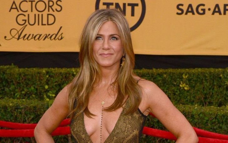 Jennifer Aniston Net Worth | Earnings from Movie, Friends, Television, Instagram