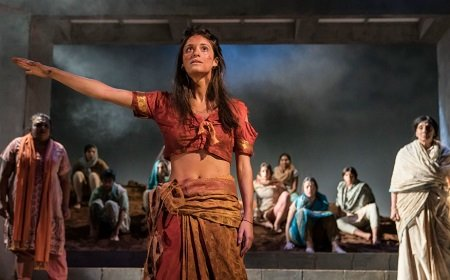 Anya Chalotra as 'Jyoti' in 'Village'.