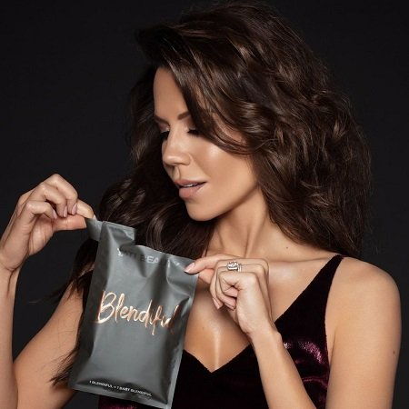 Tati Westbrook promoting her 'Blendiful' product.
