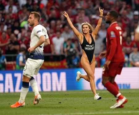 Kinsey Wolanski in the midst of streaking in the Champions League finale.