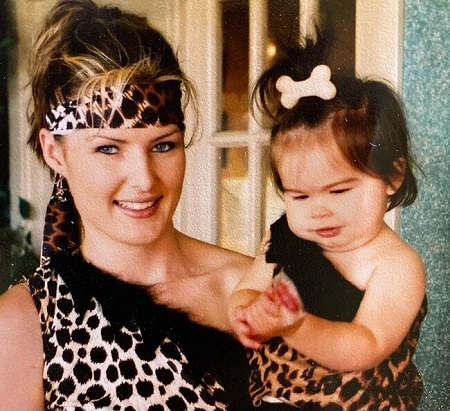 Addison Rae as a Toddler with her mother Sheri Easterling.