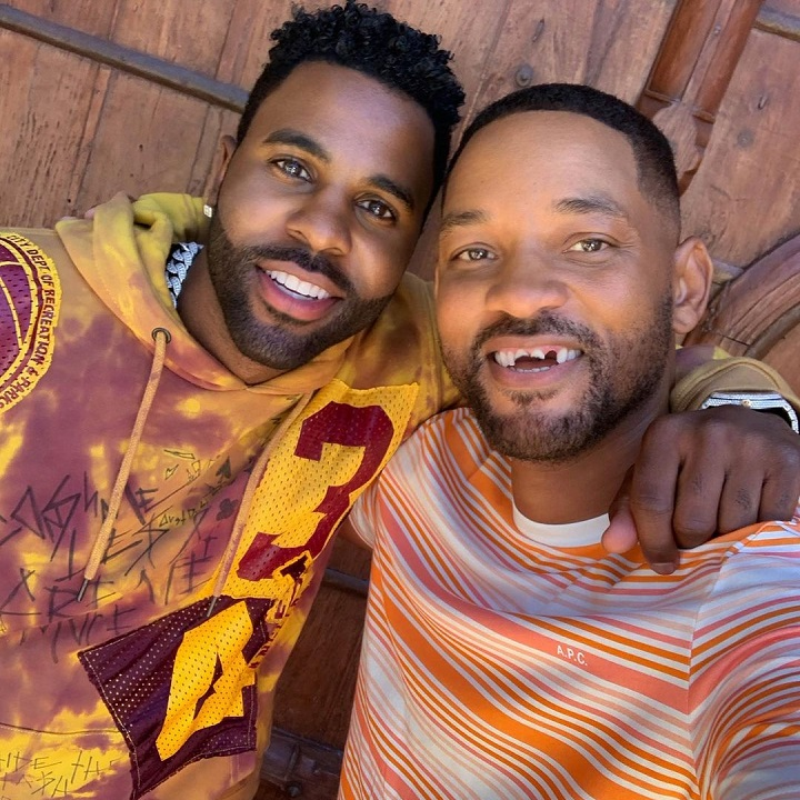 Will Smith with his teeth knocked out with Jason Derulo.