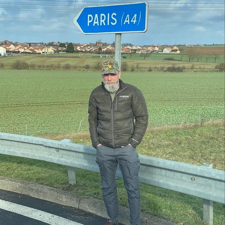 Mike Horstman on the way to Paris, France.